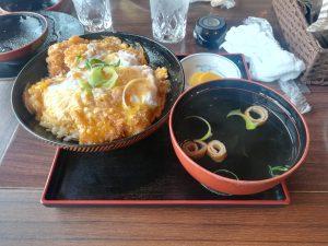 マリホカツ丼