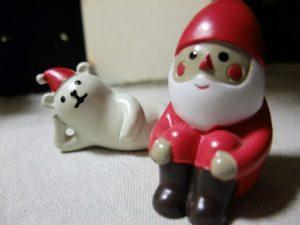 クリスマスサンタの人形